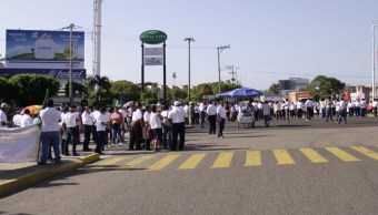 Tabasco: Continúan protestas por falta de pago de aguinaldos