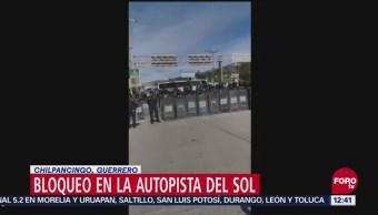 Reportan bloqueo en la Autopista del Sol, en Chilpancingo, Guerrero