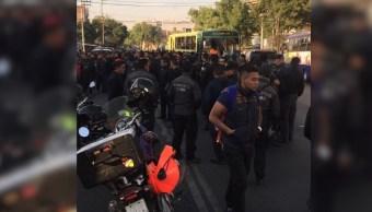 Reunión de bomberos afecta tránsito sobre Calzada de la Viga