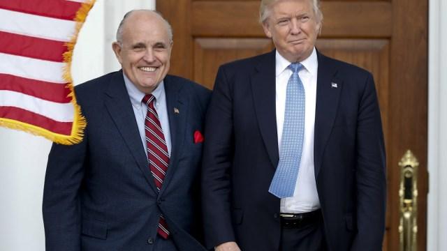 'Sobre mi cadáver' Mueller entrevistará a Trump: Giuliani