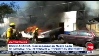 Se Incendia Local Autopartes En Monterrey