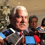 AMLO designa al secretario de Agricultura para investidura de Bolsonaro