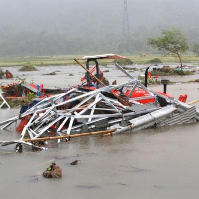 Ascienden a 222 los muertos por tsunami en Indonesia