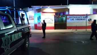 Fiscalía de Quintana Roo investiga ataque a bar 'Las Virginias', en Playa del Carmen
