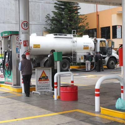 Gobierno AMLO quiere asegurar mecanismo alterno de distribución de gasolina