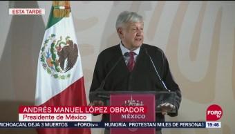 AMLO dice en Tijuana que huachicoleo es una farsa