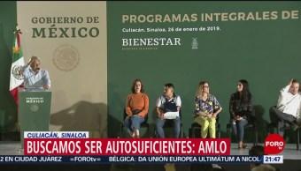 Foto, 26 enero 2019, AMLO encabeza entrega de programas sociales en Sinaloa