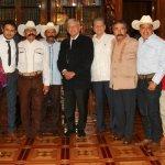 López Obrador de reúne con familiares de Emiliano Zapata