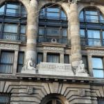 Banxico promoverá controversia contra recorte de salarios