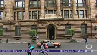 Banxico promoverá controversia constitucional contra recorte de salarios