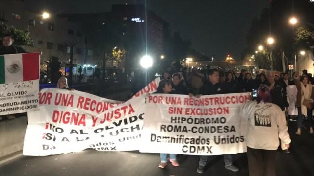 Damnificados del 19-S cierran Calzada de Tlalpan; Gobierno capitalina reitera disposición al diálogo