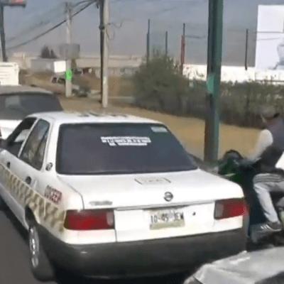 Desabasto de gasolina provoca largas filas de autos