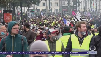 Detienen a más de 200 manifestantes tras protestas de 'chalecos amarillos'