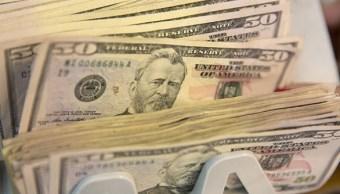 Dólar cierra con ligero descenso, se vende en 19.72 pesos