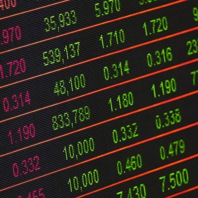 Acciones de Apple caen e impactan a Wall Street y bolsas europeas