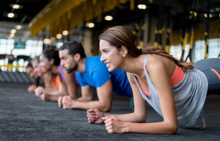 Estos son los mejores ejercicios que debes practicar según tu edad