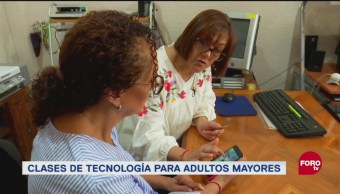 Escuela de computación para adultos mayores