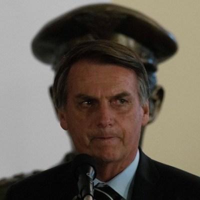 Bolsonaro abierto a 'discutir en un futuro' base militar de EEUU en Brasil