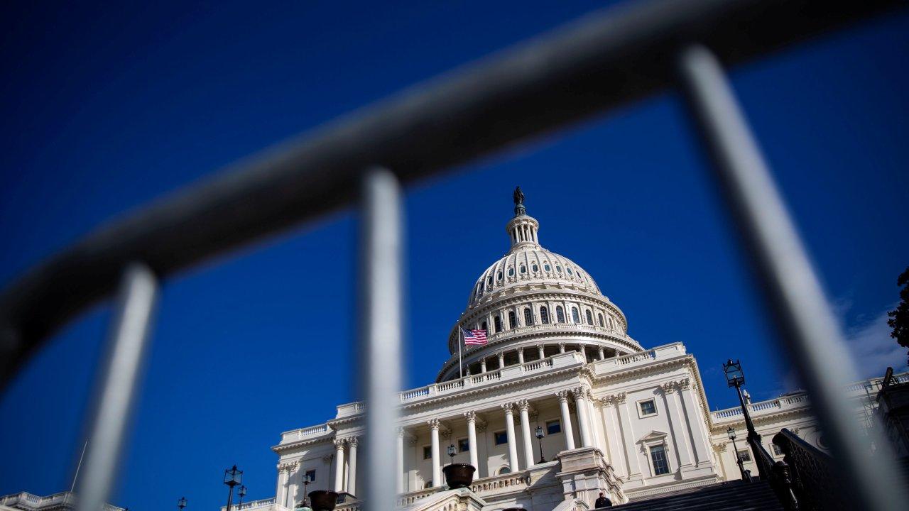 Cierre de Gobierno: Senado debate propuesta de Trump
