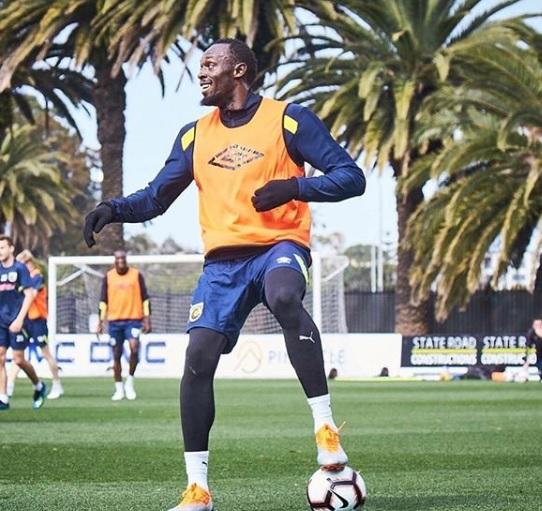 Fue divertido mientras duró: Bolt deja de ser futbolista