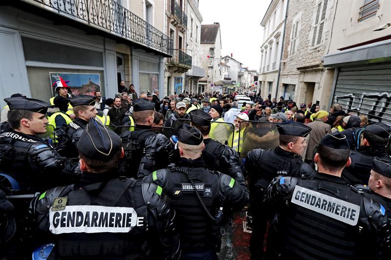 francia despliega 80 mil policias protesta chalecos amarillos
