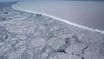 Hielo de Antártida se derrite más rápido que nunca, estudio
