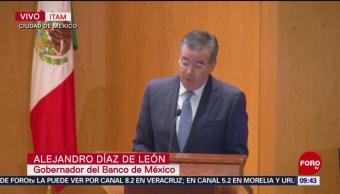 Gobernador de Banxico participa en seminario del ITAM