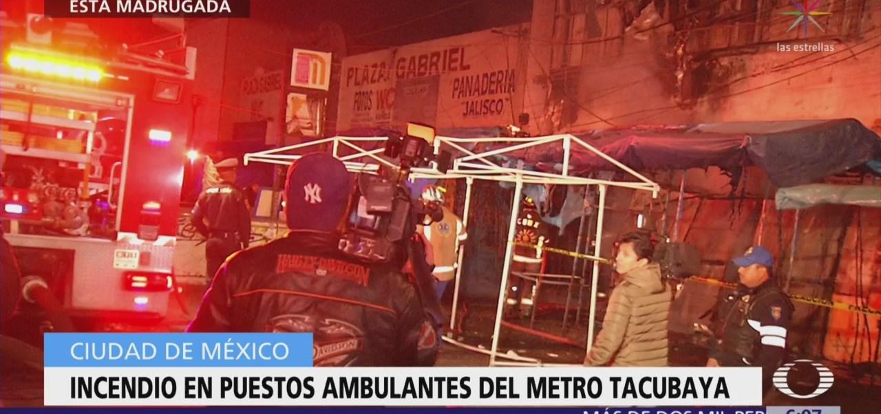 Incendio en puestos ambulantes del metro Tacubaya, CDMX