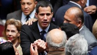 Foto: El líder de la oposición venezolana y autoproclamado presidente interino Juan Guaido asiste a una sesión de la Asamblea Nacional de Venezuela en Caracas, 29 de enero de 2019 (Reuters)