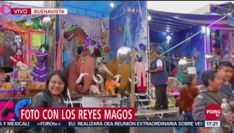 Niños llevan cartas a los Reyes Magos en Buenavista