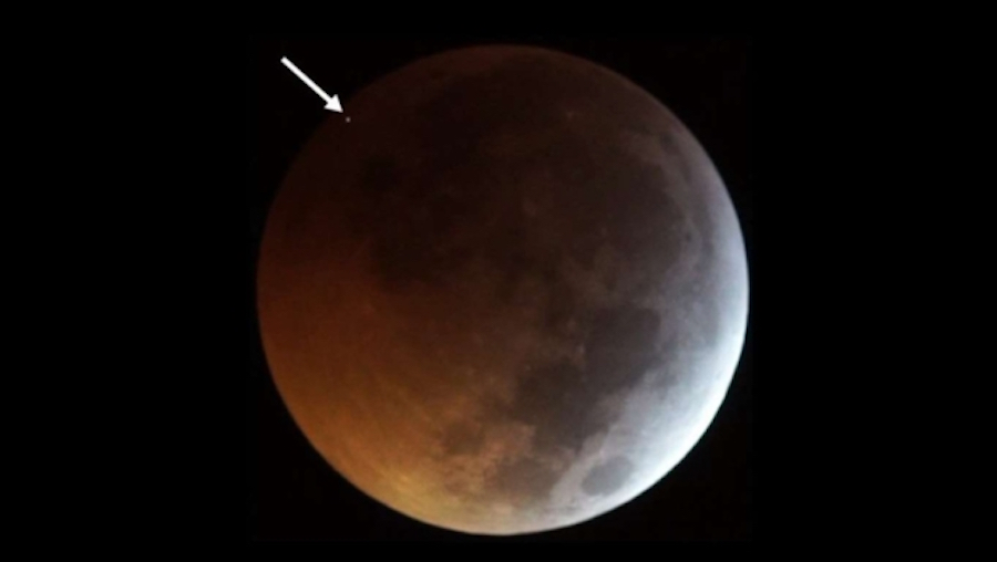Video Meteorito impactó Luna eclipse