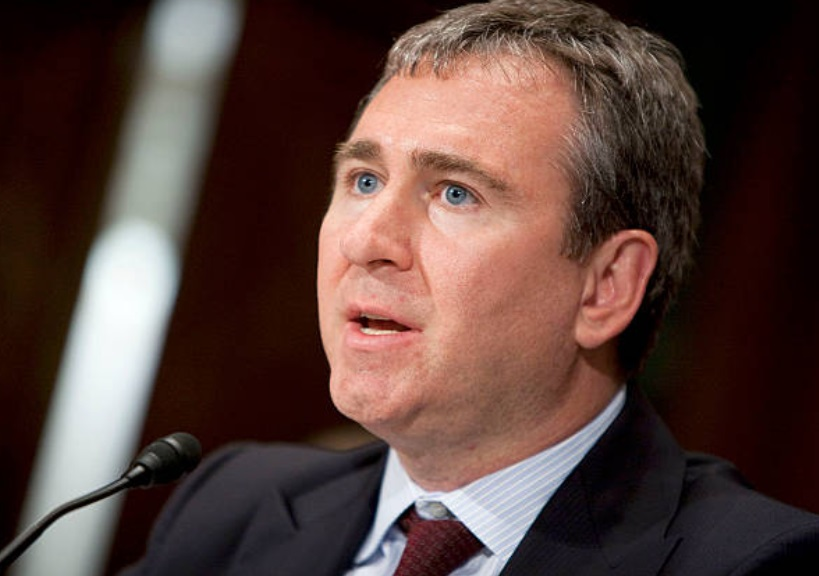 (Foto: Kenneth Griffin testifica en una audiencia del subcomité de banca del Senado en Washington 22 de junio de 2009 (Archivo Getty Images)
