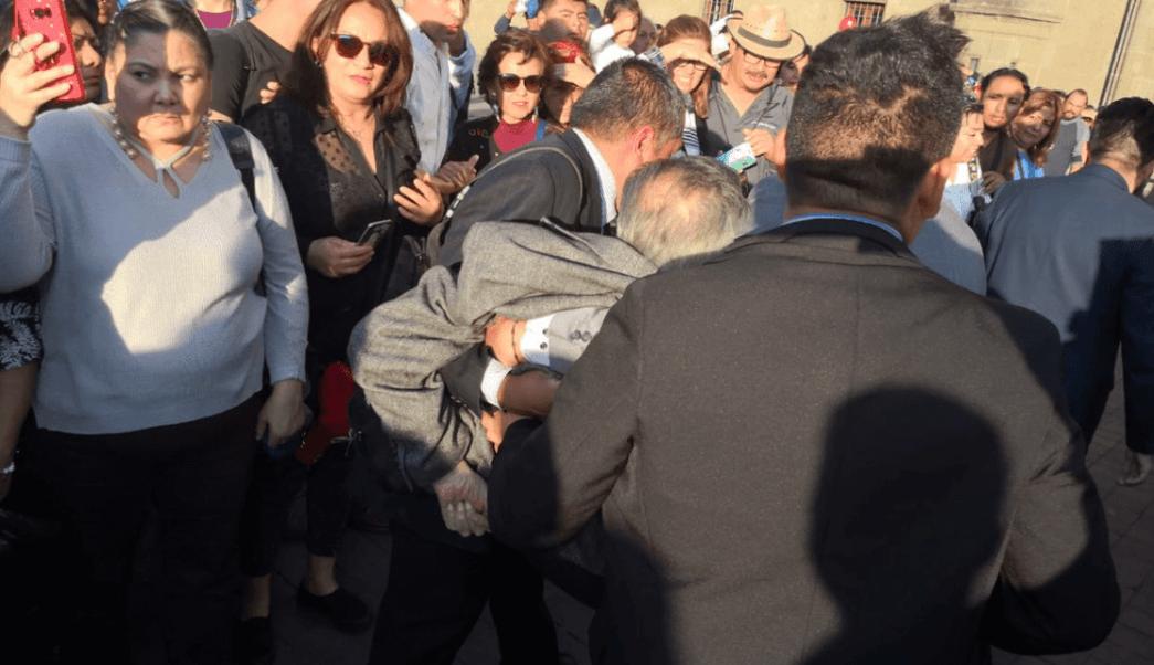 Porfirio Muñoz Ledo, desmayo, Palacio Nacional, Twitter, 24 enero 2019