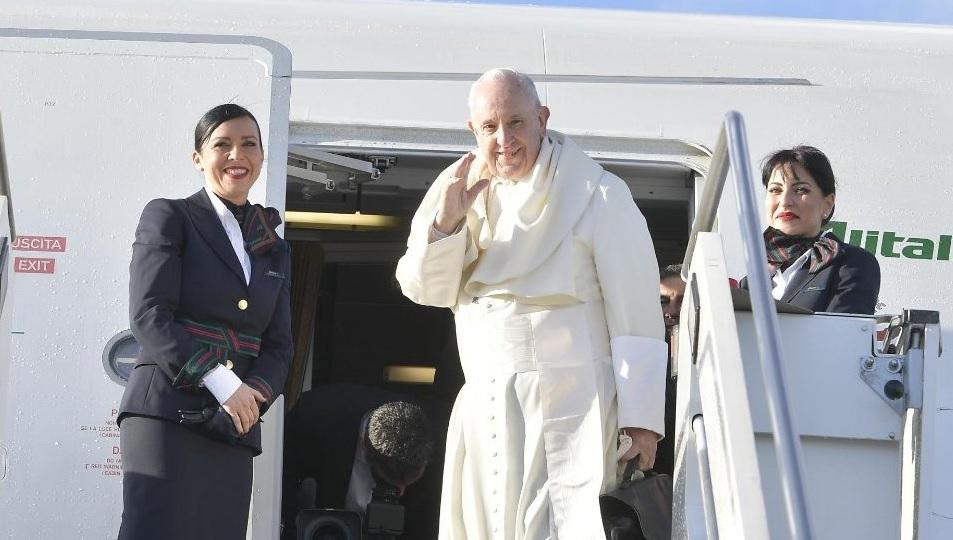 Papa Francisco emprende viaje a Panamá para participar en la Jornada Mundial de la Juventud