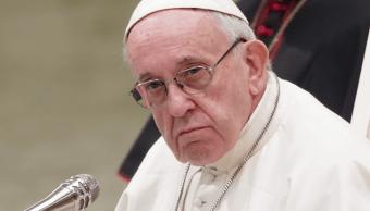 El papa recibe a obispos chilenos tras escándalo de abusos