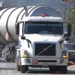 Desabasto de gasolina: Piperos reconocen el peligro de transportar combustible