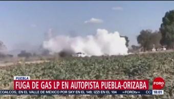 Reportan fuga de gas LP en autopista Puebla-Orizaba