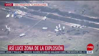 Retiran con camillas restos de víctimas de explosión de ducto en Hidalgo