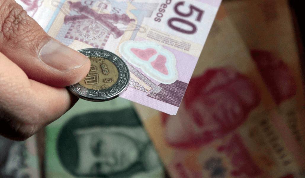 Salario mínimo aumenta a 102.68 pesos y 176.72 pesos
