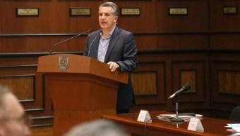 Foto: Julio Santaellla, presidente del Inegi habla durante una conferencia en enero de 2017 (Archivo Twitter: @SedeaQro)