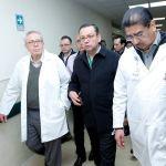 Secretario de Salud y director de IMSS supervisan atención a heridos de Hidalgo