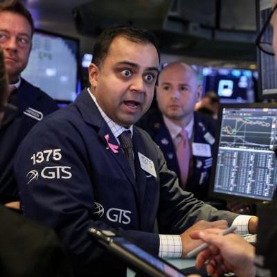 Wall Street cierra con ganancias y el Dow Jones sube 0.59%