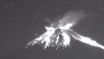 Volcán Popocatépetl registra explosión con material incandescente