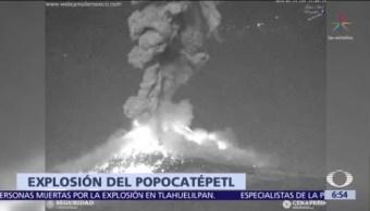Volcán Popocatépetl arroja lava y fragmentos a su ladera