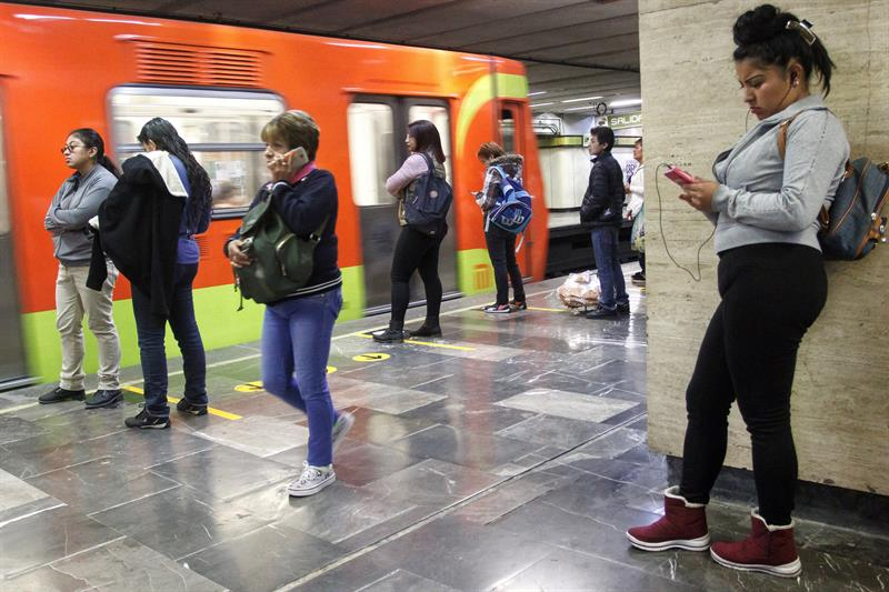 identifican como operan agresores de mujeres en metro