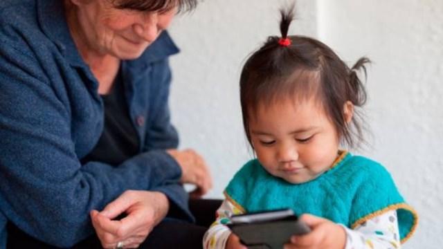 Estancias infantiles dicen 'no' al recorte; Urzúa propone abuelitos cuiden niños