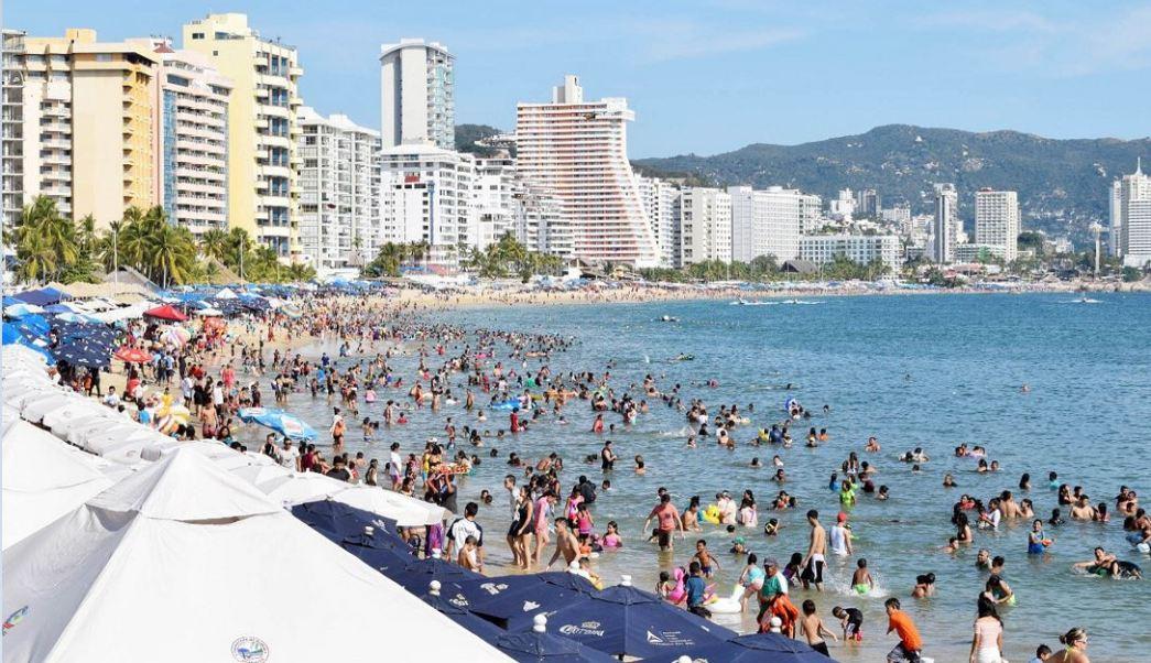 Foto: Cientos de turistas llegan al Puerto de Acapulco para disfrutar del fin de semana largo, 2 febrero 2019