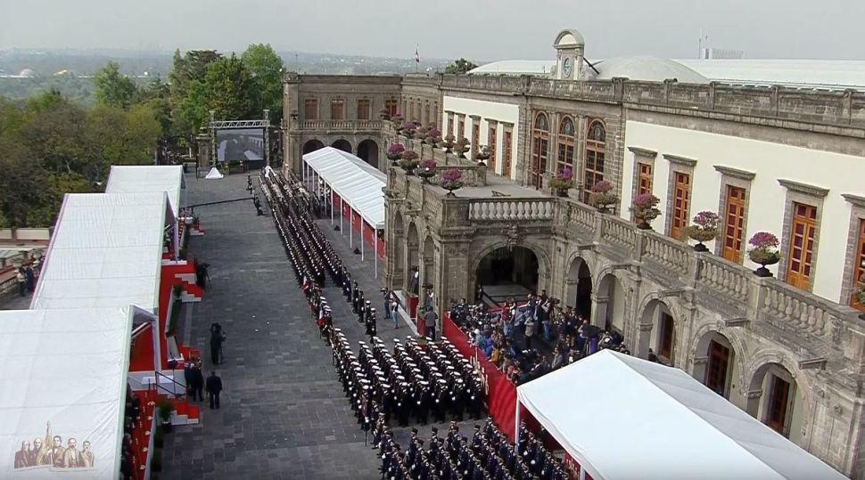 Fuerzas Armadas reafirman lealtad 'inquebrantable' con AMLO