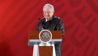 AMLO descarta utilizar la 'Bestia' mexicana, pero dice: ¡Me rayé!
