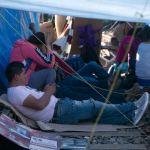 Foto: Maestros mantienen bloqueo CNTE, 8 febrero 2019